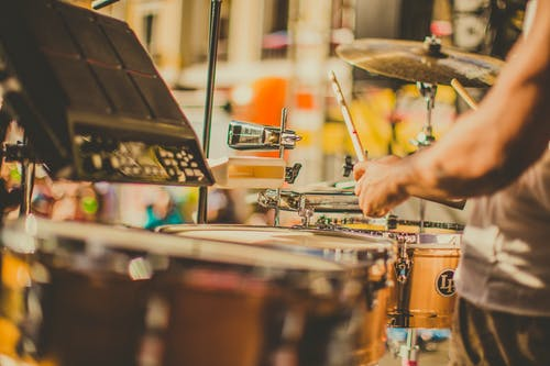 A Beginner's Guide to Buying the Perfect Drum Set