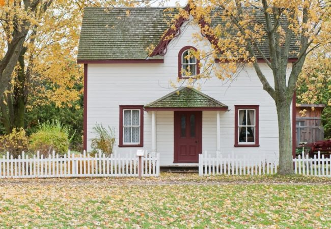 5 Factors to Consider When Buying a Home